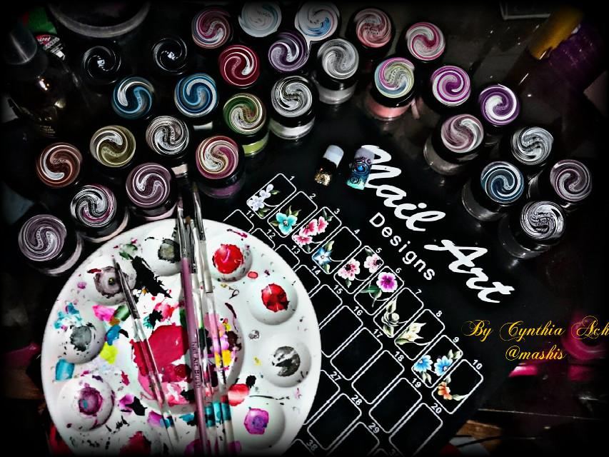 Pintar es algo que me apasiona... Amo lo que hago!! 💖💅😊 Gracias por apoyarme con sus likes!!  #circle #stretch #art #nailart